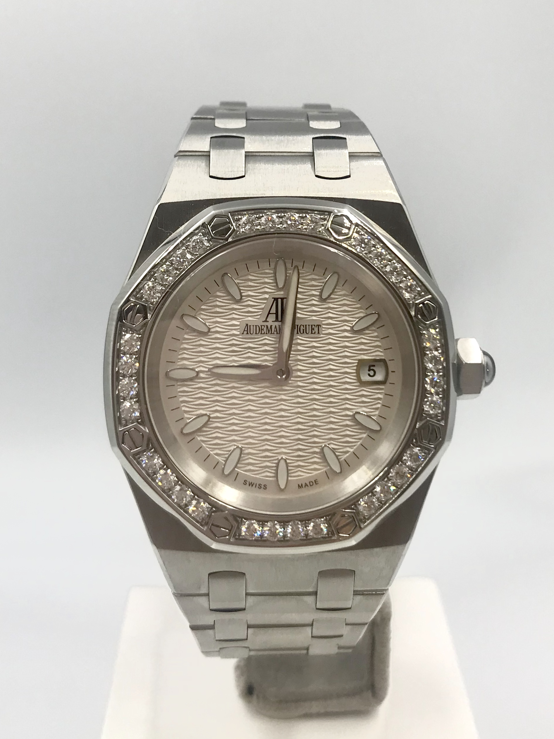 Royal Oak Lady